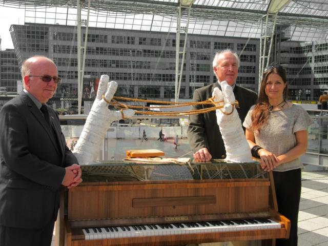 Pressetermin Play Me I'm Yours Klaviere München 2016 - Sonja Born traditionsWerk